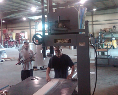 Refractory Engineers & Ceramic Technology Band Saw